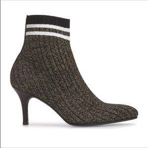 Stuart Weitzman Waverly Sock Booties NWOT